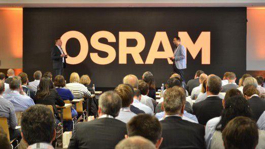 """200 IT-Mitarbeiter aus zwölf Ländern kamen 2017 zur ersten """"IT Convention"""" von Osram zusammen."""