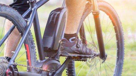 E-Bikes sind auch bei Langfingern beliebt. Vernetzung via IoT soll diesen das Leben schwer machen.