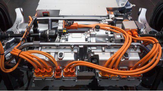Plugin hybrid mit Hochvolt-Bordnetz.