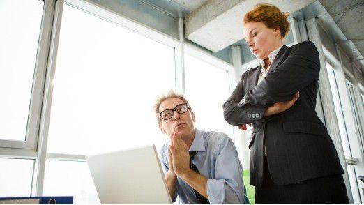 Multitasking und häufige Arbeitsunterbrechungen haben nicht nur einen negativen Einfluss auf die Arbeitsqualität, sondern belasten zusätzlich die Gesundheit.