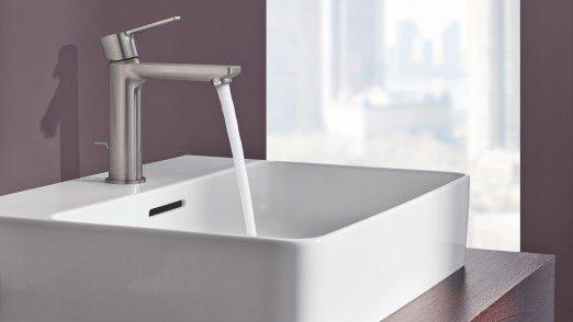 Grohe hat digital aufgerüstet und ein neuartiges Wasserschaden-Warnsystem entwickelt.