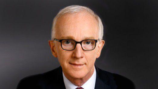 IT-Vorstand Peter Weiler von der R+V Versicherung geht auf eigenen Wunsch in den Ruhestand.