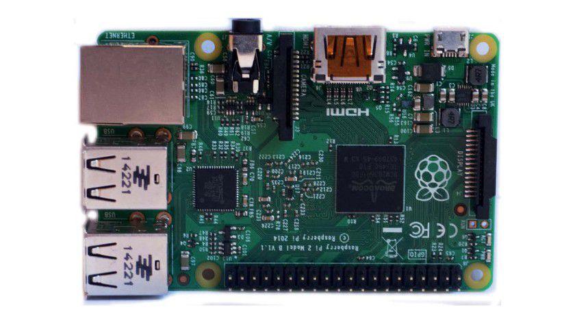 Der Raspberry Pi 2 ist dank 900 MHz Quadcore ARM-V7-Prozessor und 1 GB RAM technisch in der Lage, auch Windows 10 zu nutzen. Microsoft arbeitet an einer entsprechenden Version