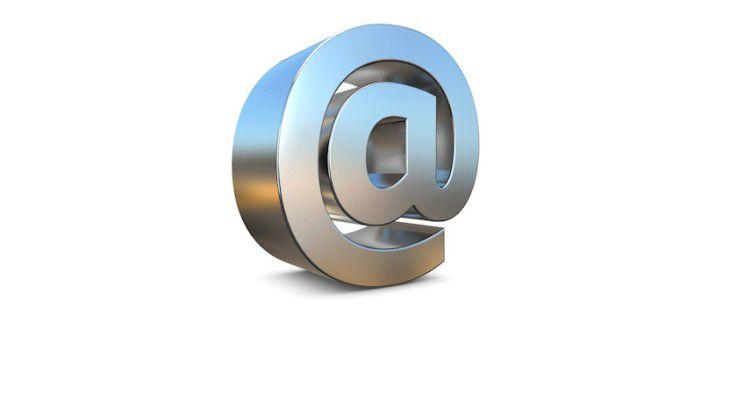 Um Missverständnisse auf beiden Seiten zu vermeiden, sollte die Nutzung von E-Mail und Internetdiensten am Arbeitsplatz durch den Arbeitgeber schriftlich geregelt sein.