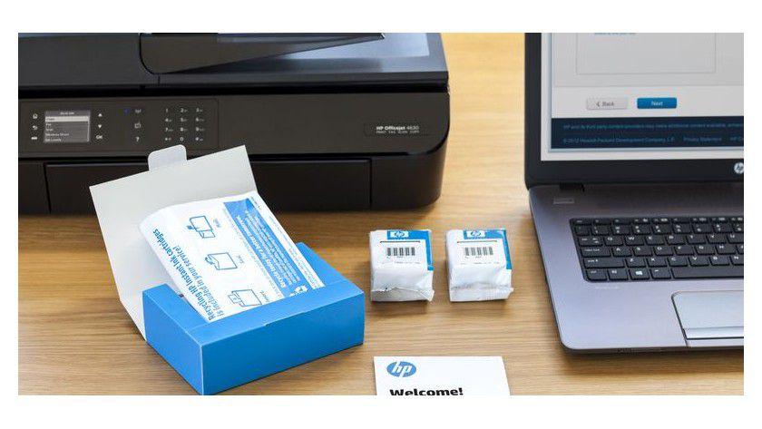 Nehmen Sie am Tintenlieferprogramm Instant Ink teil, erhalten Sie speziell gechippte Tintenkartuschen, die sich nur mit dem registrierten Modell verwenden lassen.