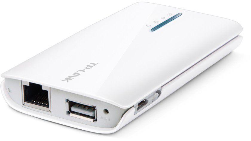 In manchen Hotelzimmern finden Sie einen Ethernet-Anschluss für den Internetzugang. Mit einem Mini-WLAN-Router können Sie auch mit einem iPhone das Internet nutzen. Ein empfehlenswertes Gerät ist der rund 50 Euro teure TP-Link MR3040.