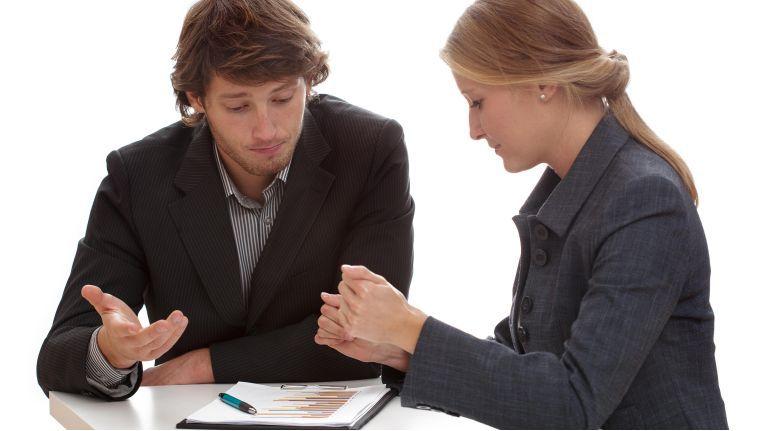 Einkäufer und Verkäufer sind die sprichwörtlichen Gegensätze in der Geschäftswelt.