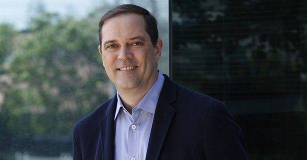 Cisco-CEO Chuck Robbins beobachtet einen Investitionsstop bei vielen Kunden, was den Ausbau der Netzinfrastrukturen betrifft. Das Security-Geschäft läuft dagegen besser.