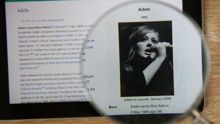 """Adele hat mit ihrem neuen Song """"Hello"""" einen echten Klickbuster produziert. Es war die bislang erfolgreichste Video-Premiere auf Youtube im Jahr 2015."""