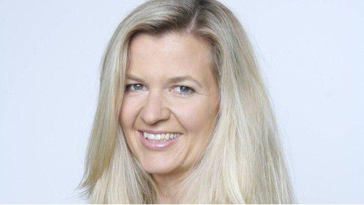 Christiane Wolff leitet die Unternehmenskommunikation der Agentur Serviceplan.