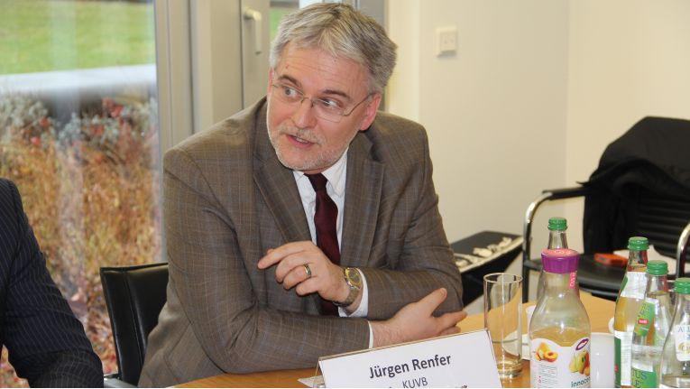 """Jürgen Renfer, KUVB: """"Digitale Veränderungen sind derart disruptiv, dass wohl niemand genau weiß, wo die Reise endet. Der CIO ist als Lotse gefordert."""""""
