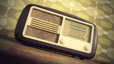 Radio vs. Musik-Streaming: Das Radio in Zeiten von Spotify & Co. - Foto: Stokkete - shutterstock.com