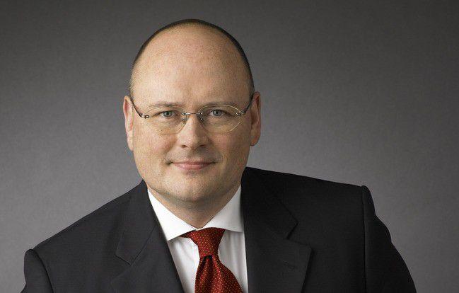 Der 46-jährige Arne Schönbohm löst den im Dezember in den Ruhestand verabschiedeten Michael Hange als BSI-Präsident ab.