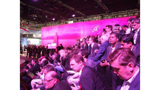 Die Pressekonferenz der Telekom war auf dem MWC gut besucht.