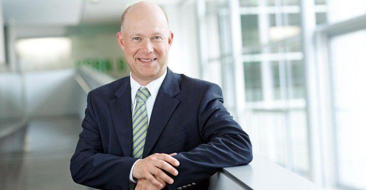 Personalberater Jürgen Bockholdt bringt in seiner Careers Lounge Bewerber und Unternehmen zusammen.