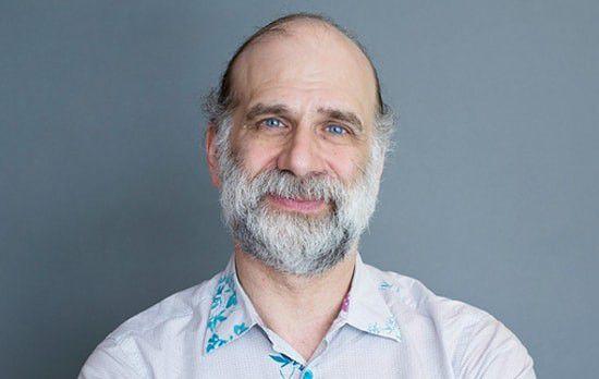 Zu den 100 Sicherheitsexperten, die mit Resilient zu IBM wechseln sollen, gehört auch Bruce Schneier.