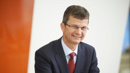 """""""Datenbasierte Geschäftsmodelle betreffen jeden im Unternehmen"""", sagt Siemens-Manager Norbert Gaus."""