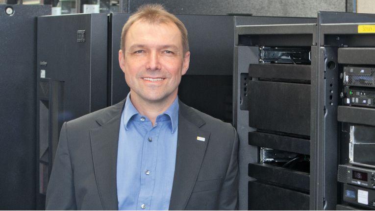 Jörg Stubbe ist CIO bei Pilz und baut aktuell einen neuen Bereich für neue Technologien au.