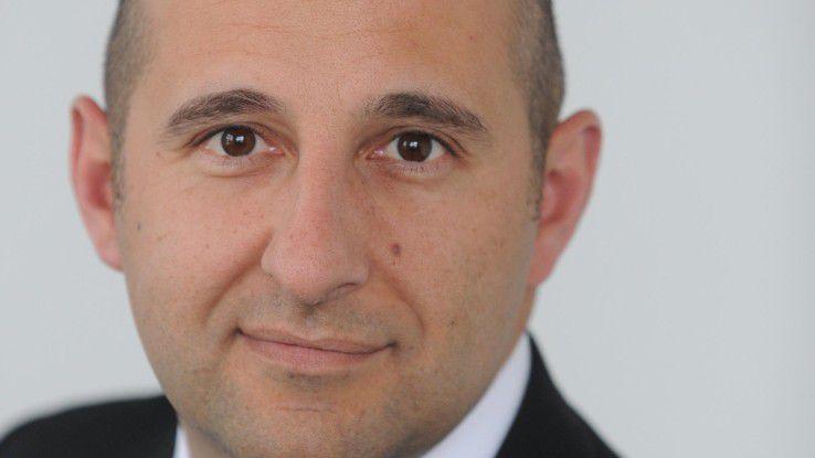 Simon Alborz ist Manager bei Hays.