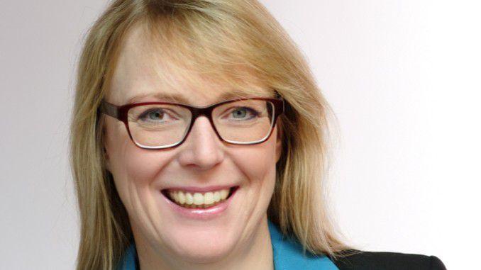 Ilka Friese, Finanzchefin des IT-Dienstleisters NTT Data, hält eine Quote für wenig förderlich: Unabhängig vom Geschlecht sei allein die Qualität der beim Kunden abgelieferten Arbeit der Maßstab.