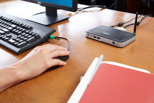 Für die meisten Büroarbeiten lohnt sich der Einsatz von Thin Clients in einer virtuellen Desktop Umgebung. Sie sind sicher, leistungsfähig und preiswert im Betreib. Oft sind sie – wie hier im Bild der Dell Wyse T10 Thin Client – nicht viel größer als ein Internetrouter.