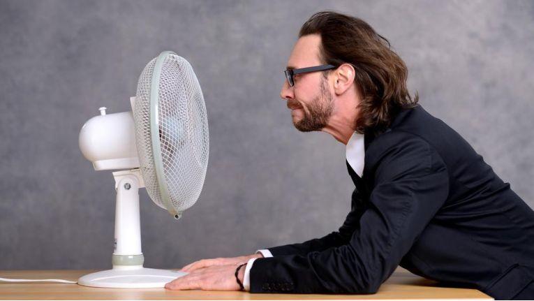 """Deutsche Gesetze sehen keine Regelungen für """"Hitzefrei"""" vor. Lediglich die durch den Arbeitgeber zu treffenden Schutzmaßnahmen sind durch Gesetz festgelegt."""