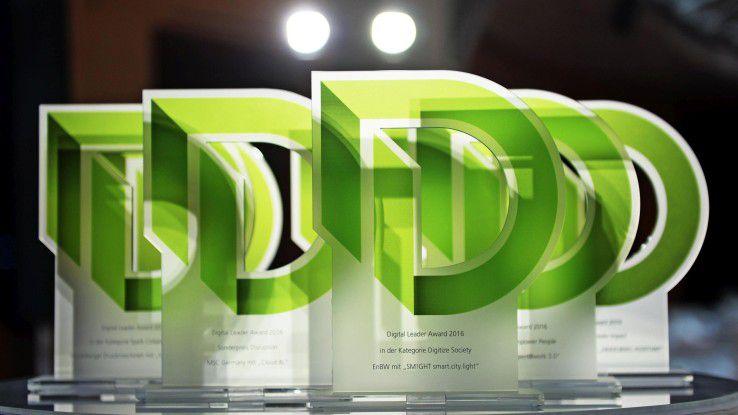 Die Objekte der Begierde: Auch 2017 kämpfen wieder über 90 Bewerber um die Trophäe des Digital Leader Award.