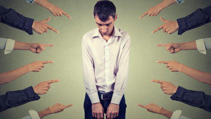 Mobbing am Arbeitsplatz macht auf Dauer krank.