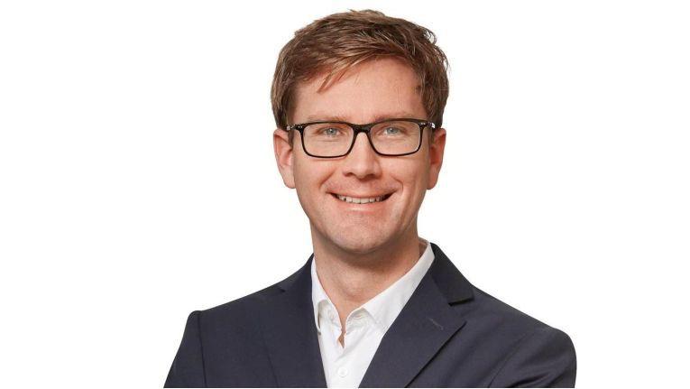 """Bernhard Kirchmair, Chief Digital Officer bei Vinci Energies Germany/Axians IT Solutions: """"Die Plattform ist vollständig offen und mandantenfähig, das ist der 'Central Point of Digitization' für Unternehmen."""""""