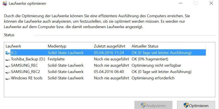 Windows 10 optimiert auch SSDs. Allerdings auf eine andere Art als normale Festplatten.