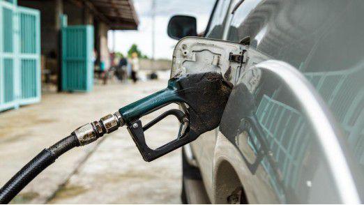 IoT at its best: Durch den Abgleich der GPS-Daten kann ARI feststellen, ob die Firmen-Tankkarte zum Auffüllen eines nicht autorisierten Fahrzeugs genutzt wurde.