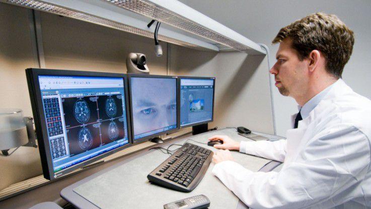 In der medizinischen Forschung setzt man zwar noch keine KI ein, aber etwa die Unterstützung durch Systeme wie IBMs Watson helfen bei der Diagnose. Foto: Klinikum Augsburg/ Ulrich Wirth