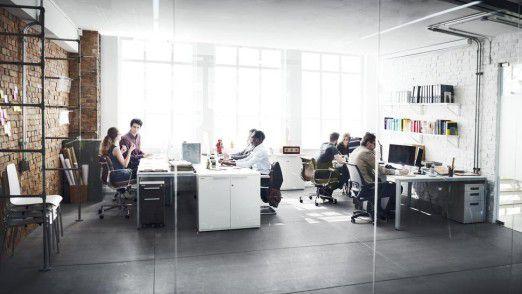 Um jeden einzelnen Arbeitsplatz mit einer IT-Infrastruktur auszustatten und zu betreuen, haben Unternehmen einen relativ hohen Aufwand an Personal und Betriebsmitteln.