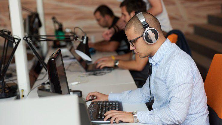 Zielgruppe für den Test zum SQL-Datenbankentwickler sind Mitarbeiter von IT-Abteilungen oder Consultants, die sich schwerpunktmäßig mit Tests und der Qualitätssicherung von Software beschäftigen