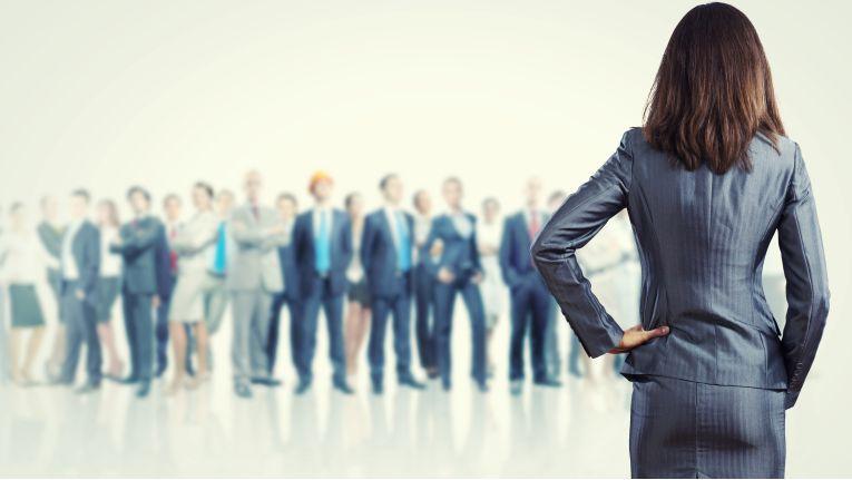 Anweisen, überzeugen, partizipieren oder delegieren? Wenn Sie den Selbstständigkeitsgrad eines Mitarbeiters kennen, Sie ihr Führungsverhalten bei einer Aufgabe besser abschätzen.