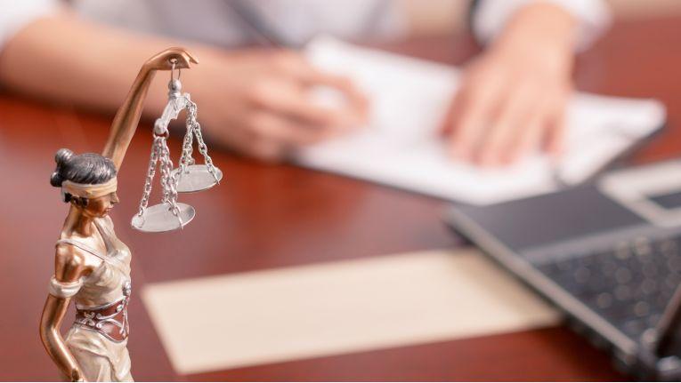 In §§ 59 ff. VVG ist ausdrücklich die Haftung des Versicherungsvermittlers geregelt.