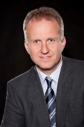 """Jörg Lösche, Senior Regional Director für Central Europe bei Netgear: """"Durch den Wegfall des Routerzwangs werden unserer Ansicht nach für die Netze keine Probleme entstehen. """" (Bild: Netgear)"""