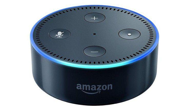 Amazon Echo Dot besitzt keinen eigenen Lautsprecher, ist aber bei ähnlichen Funktionen deutlich billiger als das Echo.