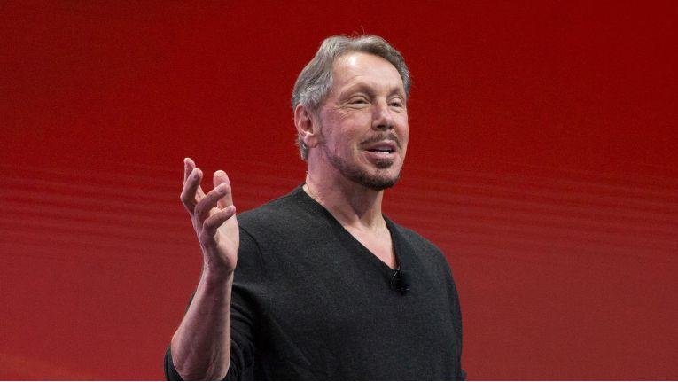 """Oracle-Gründer Lawrence auf der OpenWorld 2016: """"Die neuen Technologien von Oracle sind die Zukunft von Cloud-Datenbanken und -Infrastrukturen. Amazon liegt hier in allen relevanten Bereichen um Jahrzehnte zurück."""""""