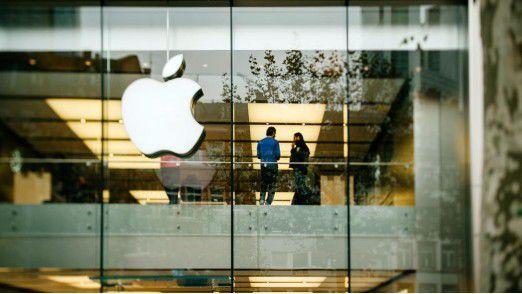 Apple klagt gegen Qualcomms Lizenzpraktiken und fordert 135 Millionen Euro Schadenersatz.