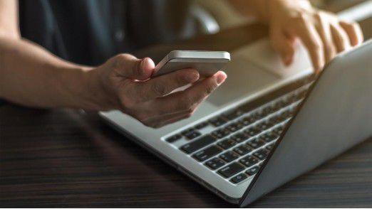 Banken dürfen nicht pauschal zehn Cent je verschickter SMS-TAN kassieren. Erst wenn es zu einem Zahlungsauftrag kommt, ist eine Gebühr gerechtfertigt.