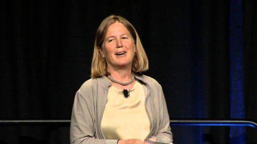 Diane Greene, Cloud-Chefin bei Google, erwartet nicht, dass Künstliche Intelligenz auf absehbare Zeit der menschlichen Intelligenz überlegen sein wird.