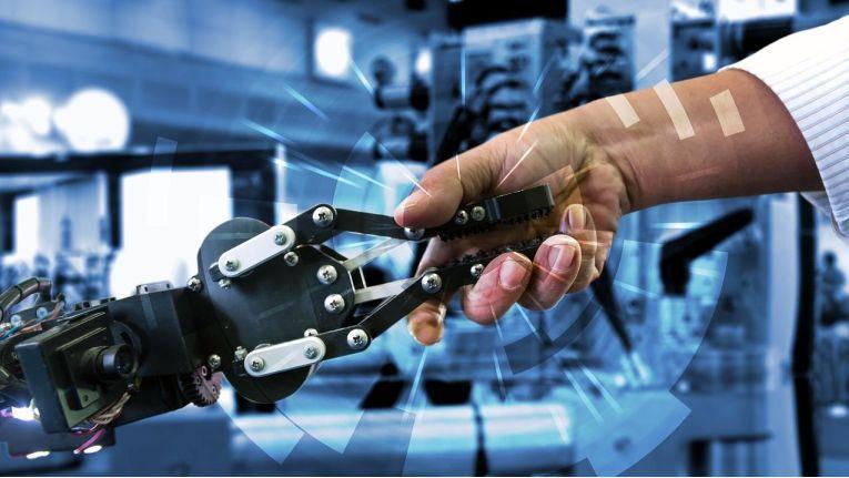 HPE will mit seinen Lösungen den Betrieb von IoT-Umgebungen vereinfachen.