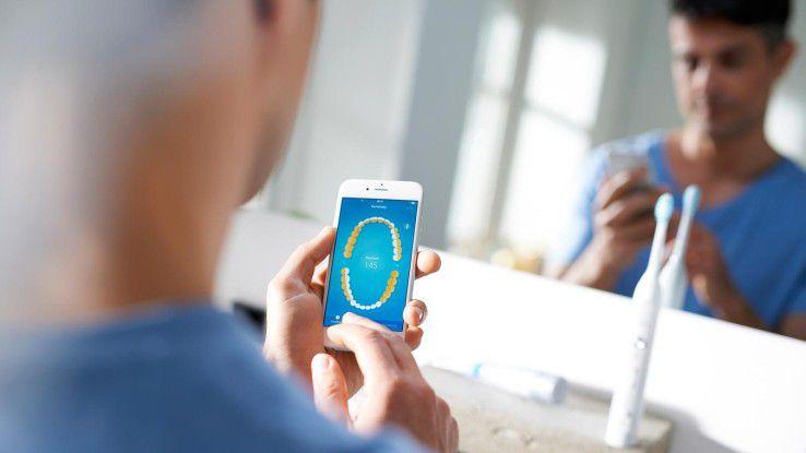 Die Wifi-Zahnbürste Philips Sonicare Flexicare dokumentiert das Putzverhalten des Nutzers.