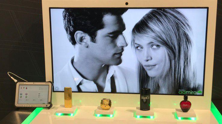 Die interaktives Digital-Signage-Lösung verbindet On- und Offline-Welt beim Shoppen.