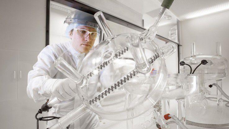 BASF-Chemiker sollen mit dem neuen Supercomputer sehr viel schneller zu Ergebnissen kommen, wenn es etwa um Simulationen geht.