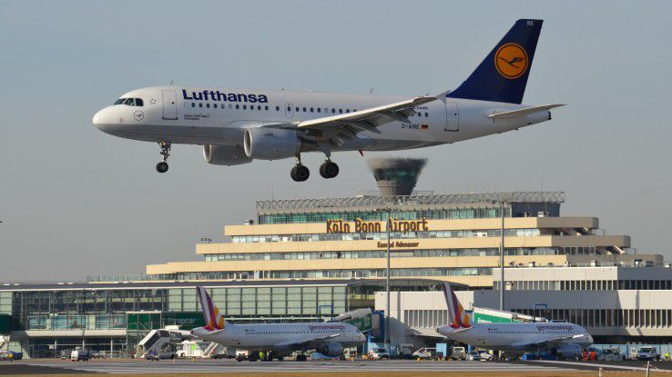 Der Flughafen Köln/Bonn soll zum Smart Airport werden, der seinen Kunden vielfältige digitale Services offeriert.