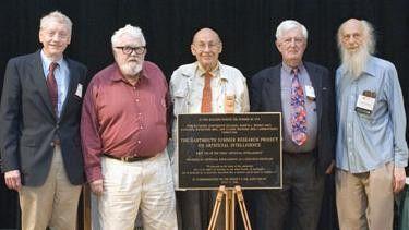 Fünf der Teilnehmer der Dartmouth-Konferenz im späteren Alter: Von links: Trenchard More, Lisp-Erfinder John McCarthy, Marvin Minsky, Oliver Selfridge und Ray Solomonoff.