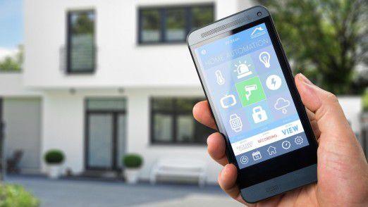 Die Steuerung des Smart Home per App von unterwegs ist