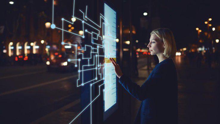 Will man langfristig mit einem Unternehmen wettbewerbsfähig bleiben, führt an der digitalen Transformation kein Weg vorbei.